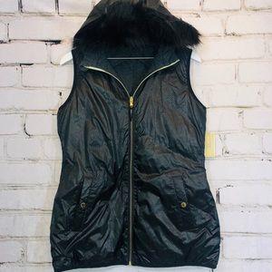 Michael kors faux fur vest NWT medium black